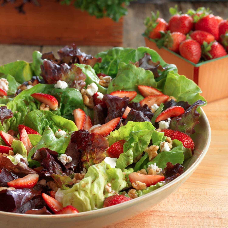 Producesustainablefarmearthboundcookingheirloomsaladrecipe